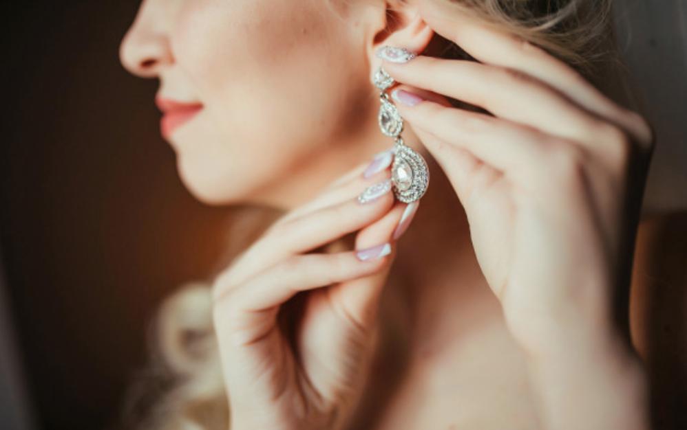 ear rings image